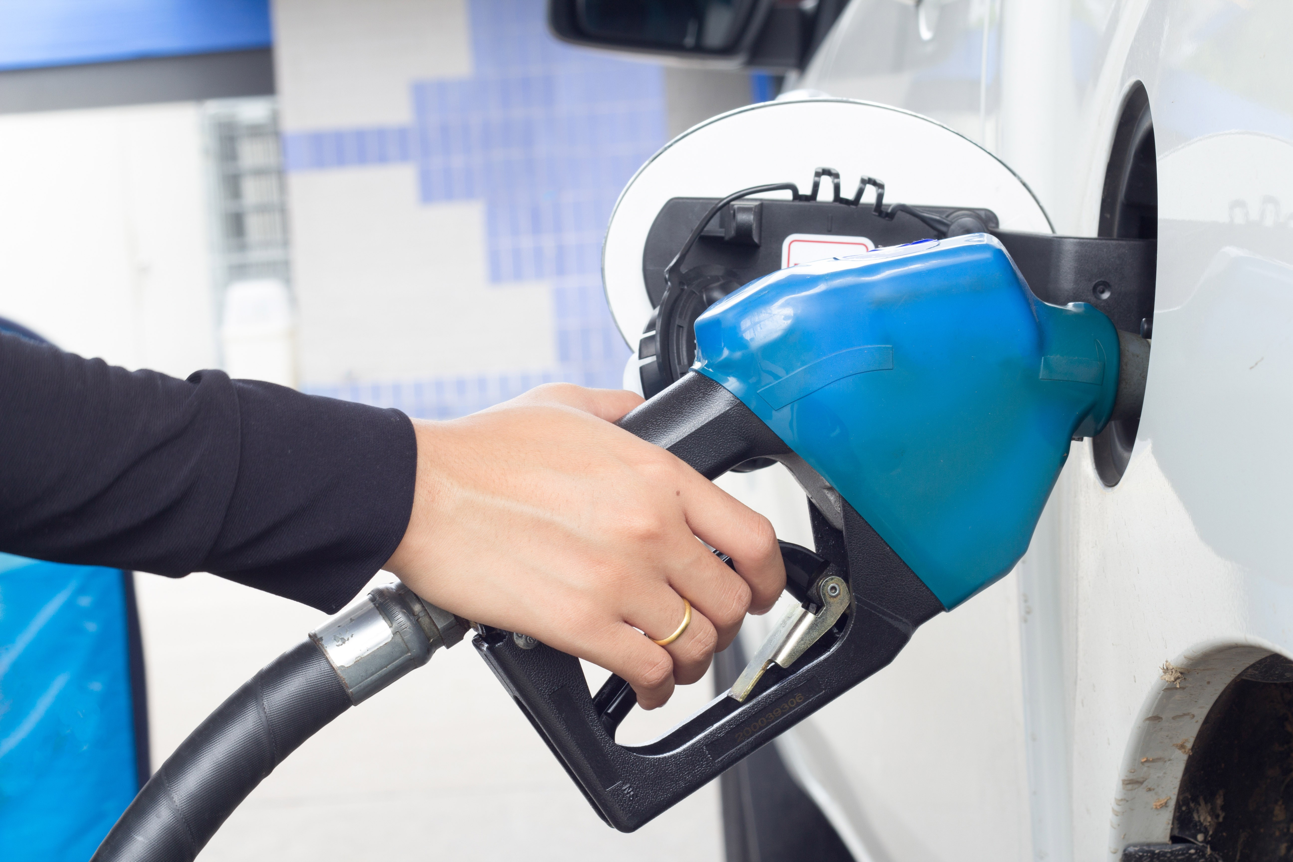 Buy Online Independent Service Station based in Sydney from SBXA Business Brokers